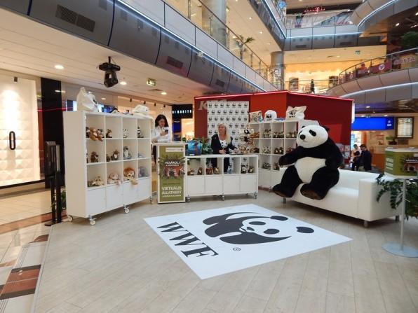wwf-panda-bolt